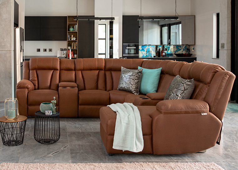 INSPIRATIONAL LIVING ROOMS FOR WOMEN'S MONTH